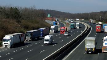 Bekeményít az EU a buszok és teherautók szén-dioxid-kibocsátása terén