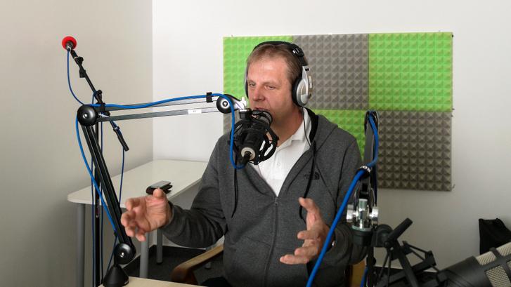 Pék Zoltán a stúdióban