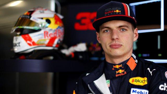 Verstappen le akarja győzni a Mercedest és a Ferrarit