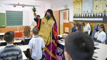 Négyszer többet költ a kormány az egyházi iskolában tanulókra, mint az állami diákokra