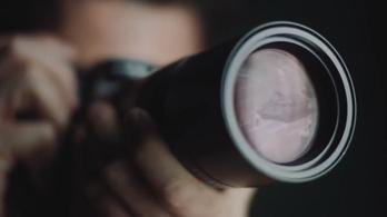 Egy reklám miatt cenzúrázták egy cég oldalát Kínában, de még a cég kér bocsánatot