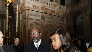 Kígyók foglalták el a libériai elnök irodáját