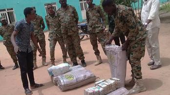 37 milliárd forintnyi készpénzt találtak a megbuktatott szudáni elnöknél