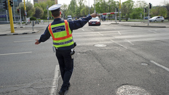 Szerdán munkaszüneti nap lesz a rendőrségeken