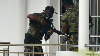 Három rendőr meghalt, amikor rajtaütöttek a Srí Lanka-i terrortámadás elkövetőin