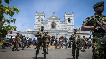 Hét öngyilkos merénylő áll a Srí Lanka-i robbantások mögött