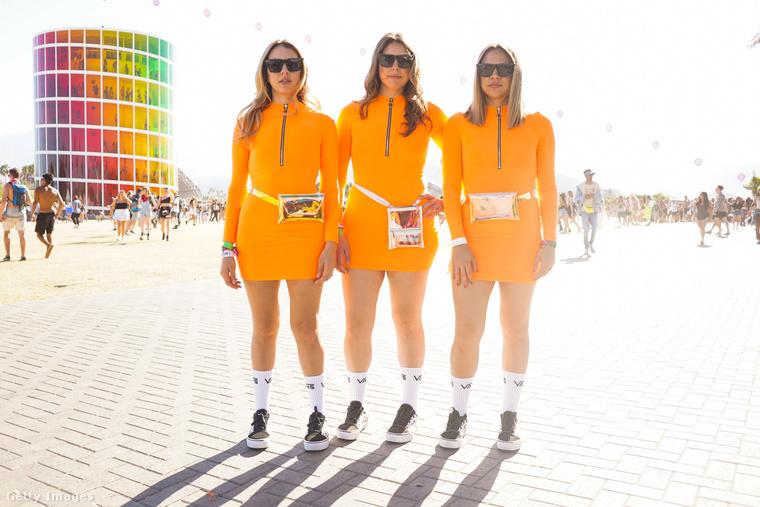 De a börtönből szökött, naranysárga ruhát viselő, sőt, még a tükröződő övtáskáig is megegyező szerelésben lévő lányok sem mondhatják, hogy nem ismerik egymást.