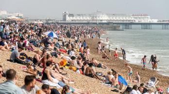 Rekord meleg volt húsvétkor az Egyesült Királyságban