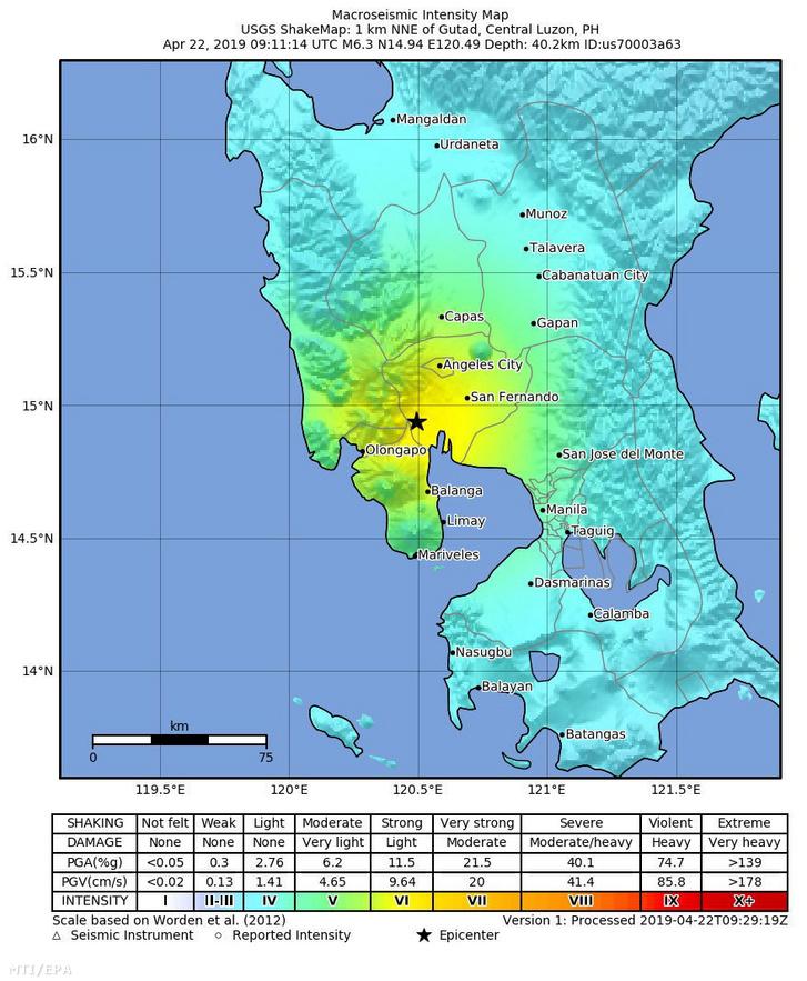 Az amerikai földtani intézet (USGS) által közreadott térkép egy 6,3-as erősségű földrengés csillaggal jelölt, 40,2 kilométeres mélységben mért epicentrumáról a Fülöp-szigeteki Zambales tartománybeli Castillejosban 2019. április 22-én.