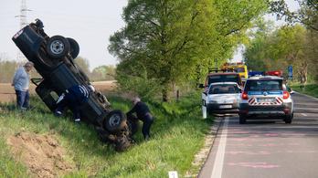 Hét halálos baleset volt a hosszú hétvégén