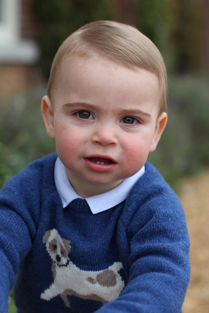Lajos hercegről tündéri fotókat készített az édesanyja.