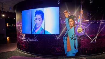 Októberben jelenik meg Prince memoárja