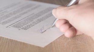 Használt autót vásárolsz? Német a szerződés? Nehogy aláírd!