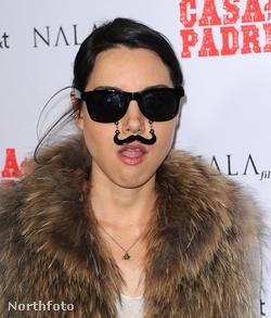 """Aubrey Plaza színésznő-humorista a """"Casa De Mi Padre"""" című film premierjén március 14-én"""