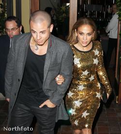 Jennifer Lopez új barátjával, Casper Smarttal volt vacsorázni március 15-én