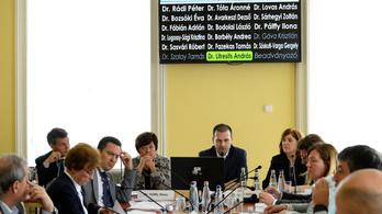 A Fideszt megelőzte az Egységes Magyar Nemzeti Néppárt