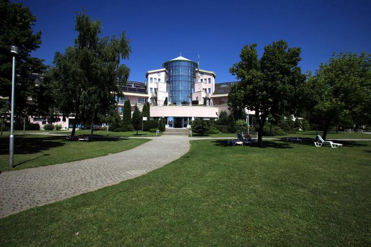 A balatonkenesei Telekom Hotel
