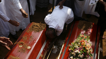 Tovább nőt a Srí Lanka-i merényletek áldozatainak száma