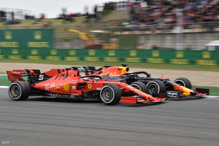 Ferrari és Red Bull Kínában