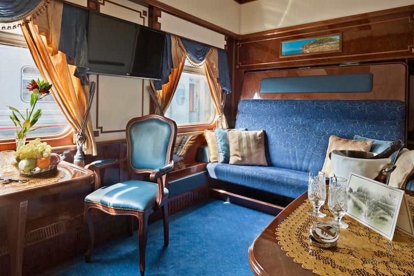 Képeken 8 luxusvonat hálókocsival - Mintha egy mozgó palotában utaznál