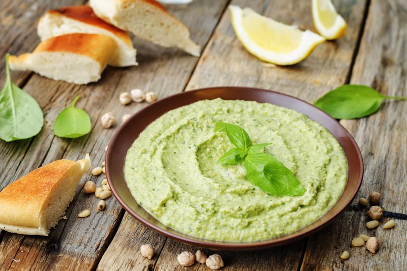 Egyszerű, zöld hummusz házilag: fantasztikus mártogatós 10 perc alatt