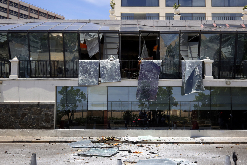 A megrongálódott Kingsbury szálloda épülete.