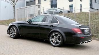 Ebben a fura testben lakik az új sport-Mercedes