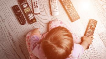 Minél kevesebbet bámulja egy gyerek a képernyőt, annál jobb