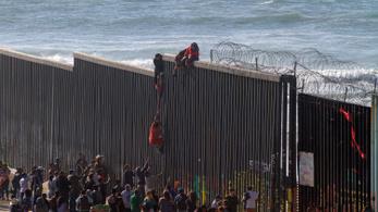 Trump szerint húszezer illegális bevándorló indult el az amerikai határhoz