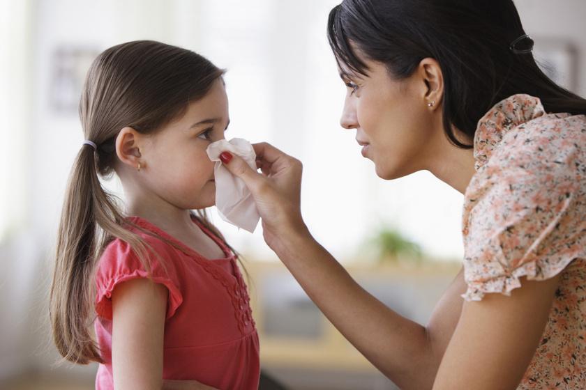 Hogyan örökli a gyerek a szülő immunrendszerét? Génjeitől függhet, milyen lesz a védekezőképessége