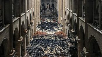 Lassan több pénz gyűlik össze a Notre-Dame-ra, mint amennyibe a felújítás kerül