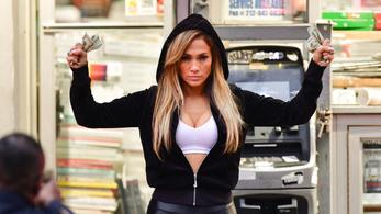 J-Lo a kuncsaftokon bosszút álló pincérnőkről forgat krimit