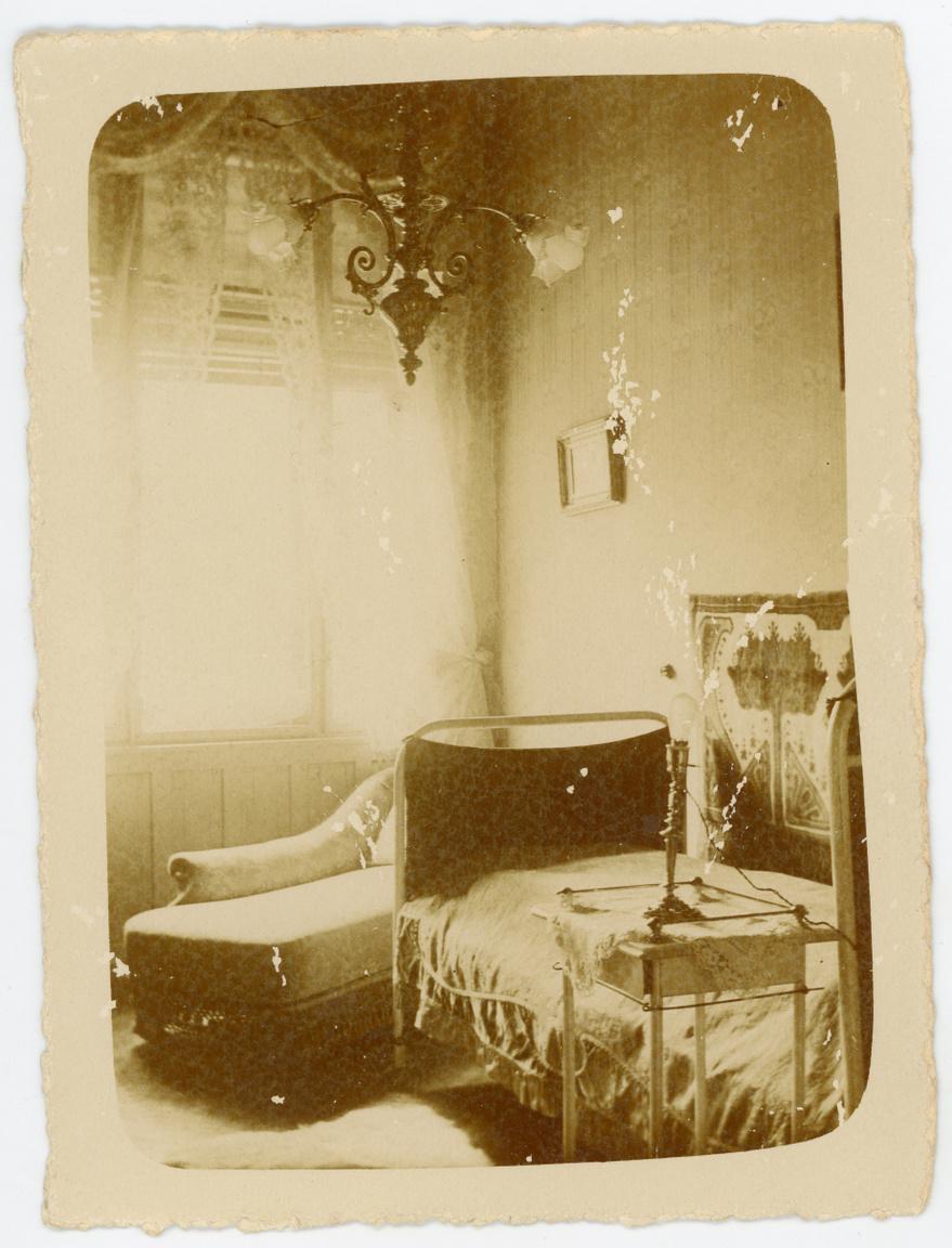 Csáth Géza lakószobája a Balassa utcai Moravcsik Klinikán