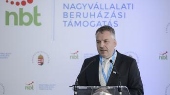 Fideszes belharc akadályozhatja a hatvani sportcsarnok építését