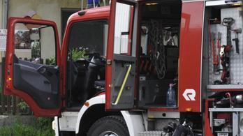 Ammóniaszivárgás miatt evakuáltak egy baromfifeldolgozót