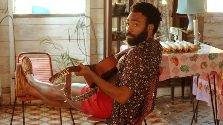 Demi (Donald Glover) a Guava Island című filmben