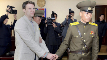 Phenjan kétmillió dolláros számlát nyújtott be a kómába esett amerikai diák ápolásáért