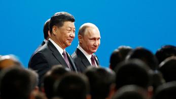 Putyin bízik a kínaiak új selyemútjában