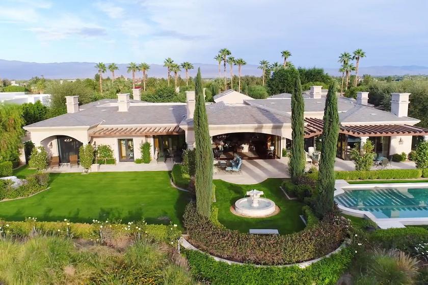Ez a villa Kim Kardashian és Kanye West legújabb otthona, a gyönyörű házat nyaralónak vették.