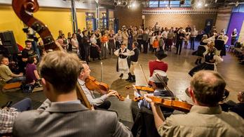 Jön a tizedik Budapest Folk Fest