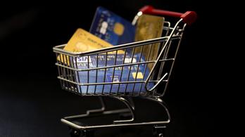 Hitelkártyás trükkök: a bankoknak elegük lett a bankkopasztókból
