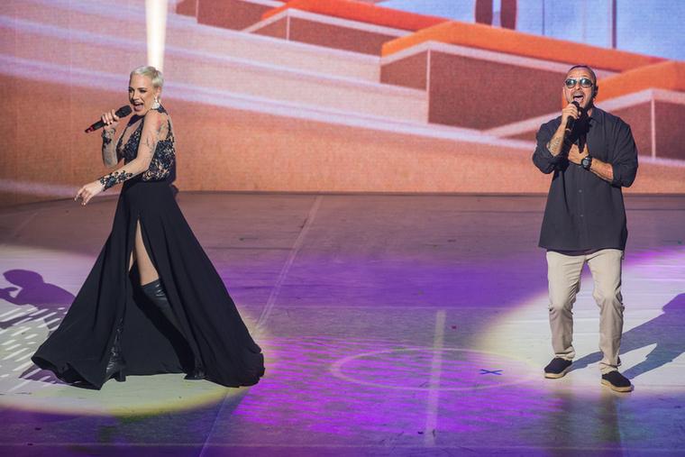 A közönségdíjas Tóth Gabitól és Majkától a Mi éltünk című szám lett, a dal videóját itt tudja megnézni a Youtube-on