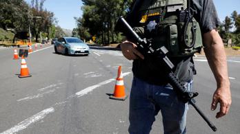 Trump szerint gyűlöletbűncselekmény lehet a dél-kaliforniai zsinagógás lövöldözés