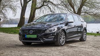 Használtteszt: Volvo V60 PHEV - 2015.