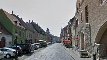 Zöld utat adtak Tiborcznak egy 370 milliós vári műemlékház megvételéhez