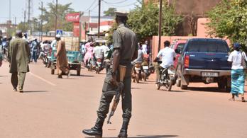 Protestáns templomot támadtak meg Burkina Fasóban, négy hívet megöltek