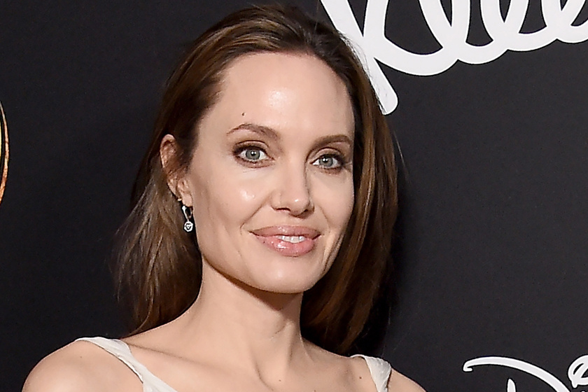 Angelina Jolie ikrei már ilyen nagyok - Együtt fotózták le őket híres anyukájukkal