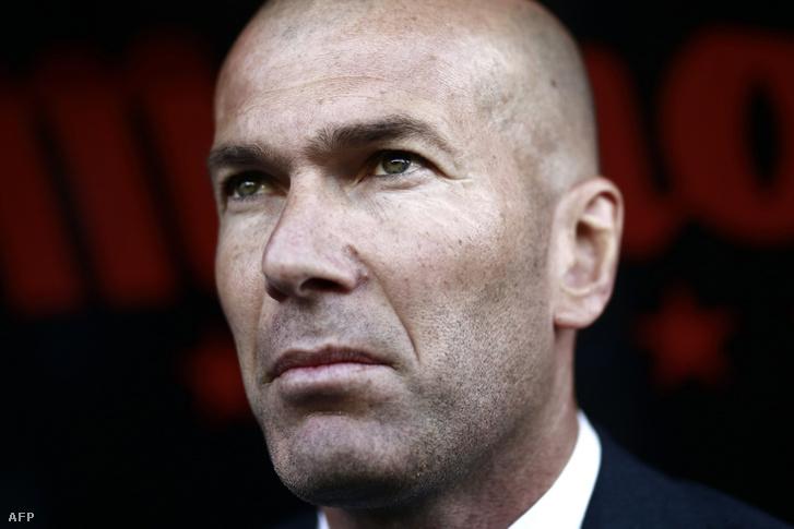 Zinedine Zidane a Real Madrid - Rayo Vallecano mérkőzésen 2019. április 28-án