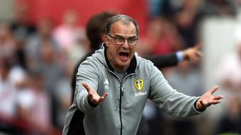 A Leeds őrült edzője utasította csapatát, hogy engedjen be egy gólt