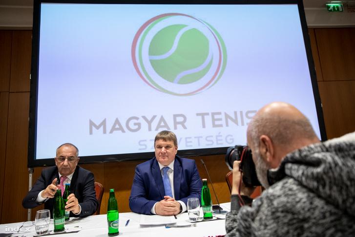 Szűcs Lajos (k) a Magyar Tenisz Szövetség elnöke.